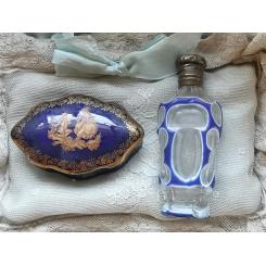 GL Parfumeflaske Blå Emalje [H8,5cm] Præget låg