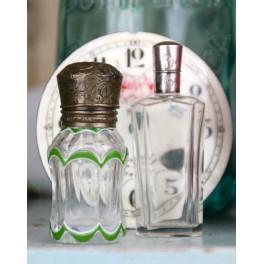 GL Parfumeflaske Grøn Emalje [H8cm] Præget låg