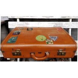 Gammel Kuffert LÆDER [66x22x41cm] med Mærkater