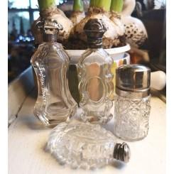 GL Parfumeflakon [H7cm] Præget Glas