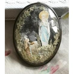 Gl. Relikvie Billede i messingramme [Lourdes]