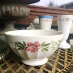 Gl. Kaffeskål Bols Blomsterranke [H9xØ17,5cm]