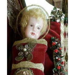 Klosterarbejde Voks Jesusbarn i Glaskasse [H36x43x23cm] 1900'