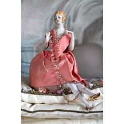 Gl. Rosa Half doll - med ben [15cm]
