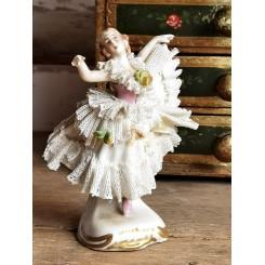 Gl. Figur med Blonder Porcelæn [10cm] Danserinde