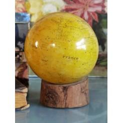 Gl. Globus på Træ-base [H15cm]