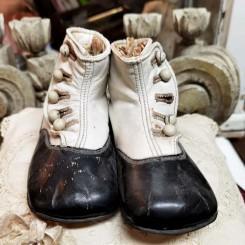 Antikke Barnestøvler To-farvet med Knapper