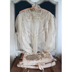 Antik Bluse i blonder [Cremefarvet]