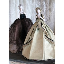 Gl. Fransk Half doll - med originalt tøj [37cm]