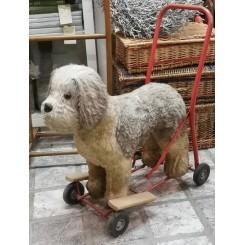 Gl Hund på hjul [H51x55cm] Legetøj