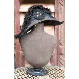 Antik militær hat [Napoleon hat]